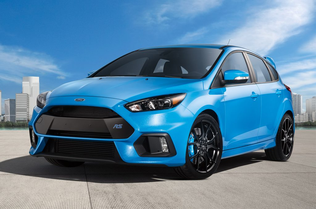 2017-Ford-Focus-RS-front-three-quarter