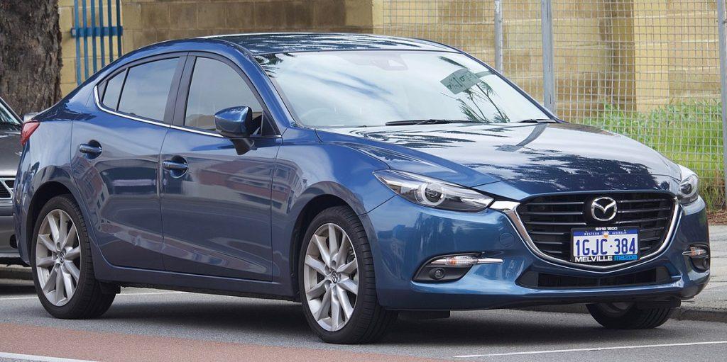 1200px-2017_Mazda3_(BN)_SP25_GT_sedan_(2018-08-06)