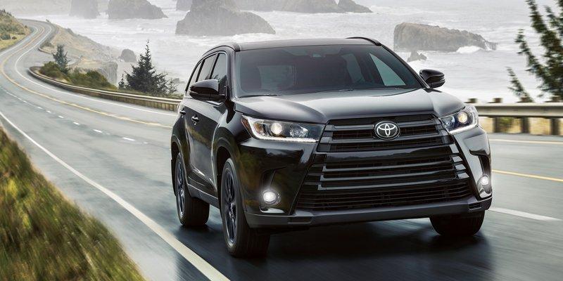 2019-Toyota-Highlander-01